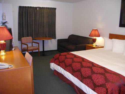 Premier Inn & Suites Lethbridge