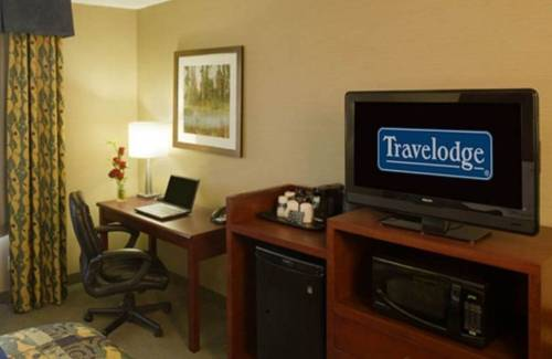 Travelodge Oshawa