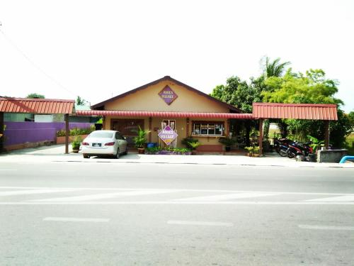 Anies Village motel