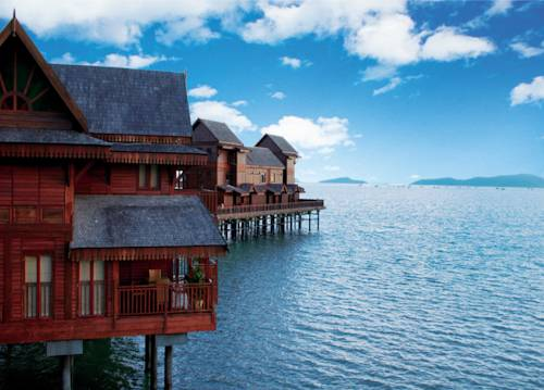 Langkawi Lagoon Resort Sea Village Honeymoon Suite