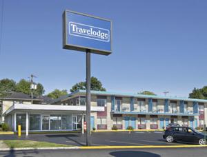 Bloomington Travelodge Hotel  Hotels