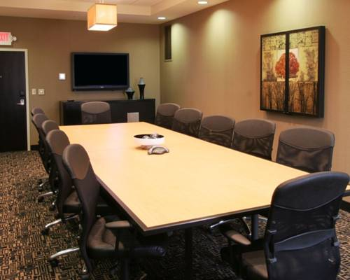 Cambria Suites Akron/Canton Airport