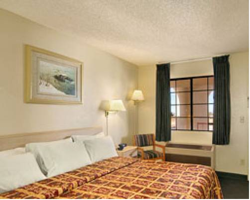 California Inn Hotel and Suites