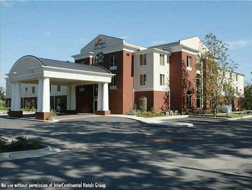 Holiday Inn Express Hotel & Suites Auburn - University Area