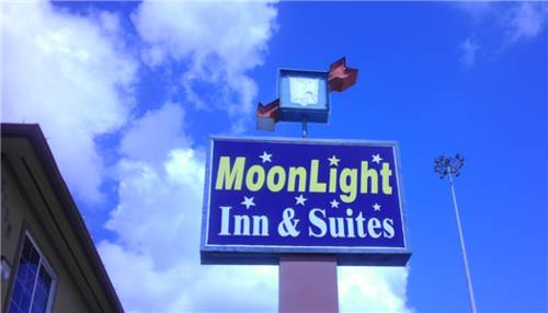 Moonlight Inn and Suites