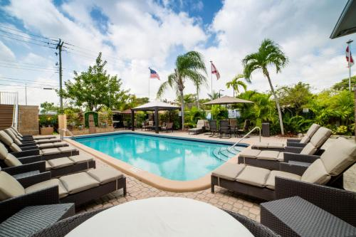 Sheridan Suites/Extended Stay Apartments