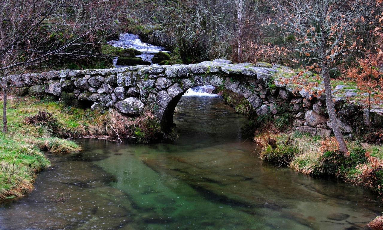 Puente de Dorna